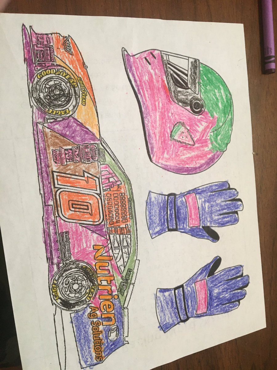 @KauligRacing @RossChastain here my picture can you drive it please pic.twitter.com/HS39nr69cr