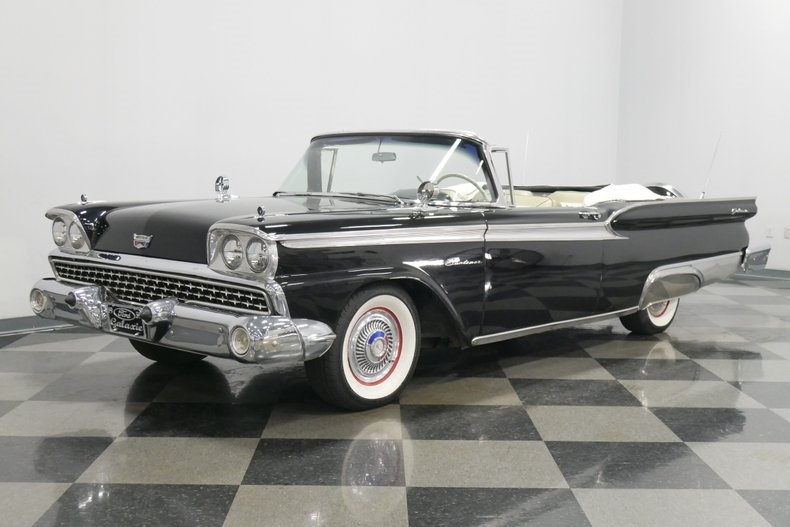 1959 #Ford #Galaxie #Sunliner #Convertible; 292 cid, 2 bbl, 200 hp; 2-speed Ford-o-Matic; the 1959 Ford was awarded the Gold Medal for Exceptional Styling (Most Beautifully Proportioned Car) at the Brussels Worlds Fair (Expo 58). It featured superb attention to detail.