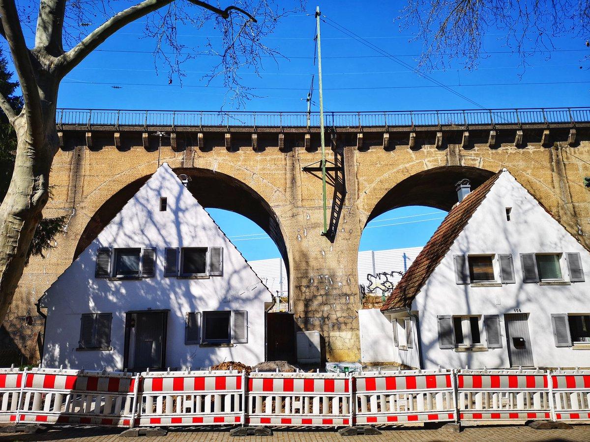 Under the bridge in #Stuttgart @stuttgarttweetspic.twitter.com/FH9VUL3aZV