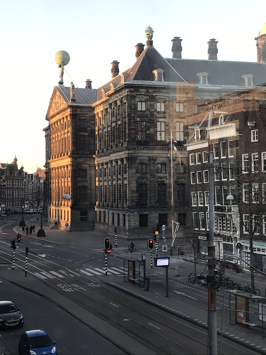 From my window #Amsterdam pic.twitter.com/YLZP6pO1P7