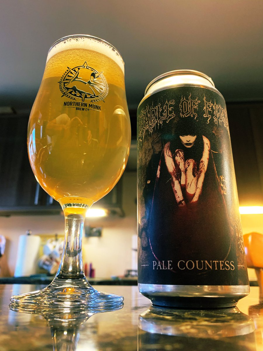 Let's get Saturday evening off to a great start. A lovely pale ale. #CraftBeer pic.twitter.com/Qx354VDl3D