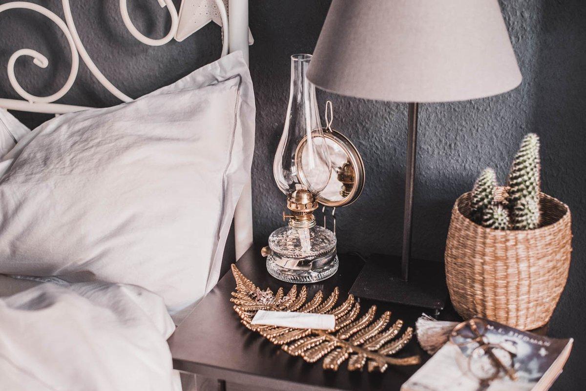 Deko-Accessoires für's Schlafzimmer mit oriental Touch https://cmun.it/0l7c7k [Anzeige] #details #lifestyle #lifestyleblog #styleblogger #interiordesign #flatlay #flatlays #coffeetime #creativeworkpic.twitter.com/hoaAytLF6p
