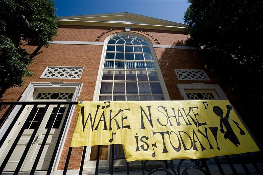 Take a look back at the history of @WakeForest's Wake 'N Shake in photos. Can you find your friends? → https://t.co/4sPNsqxbbt 📸 @WFUAlumni #ProHumanitate #GoDeacs 🕺💃🏽Thank you @WakeForestPhoto Ken Bennet for pulling these together!