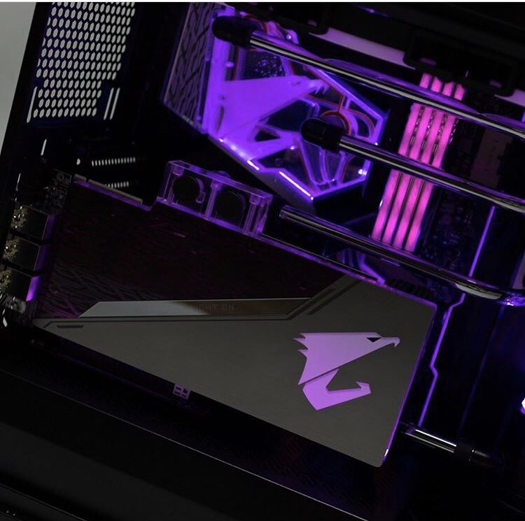 "La solución ""ALL IN ONE"" para los entusiastas   >> Z390 AORUS XTREME WATERFORCE x AORUS RTX2080 XTREME WATERFORCE <<#aorusgaming #aorus #aoruspc #aorusz390 #z390 #z390xtreme #aorusxtreme #rtx2080xtreme #aorusrtx2080 #waterforce #gamingpc #pcgamerpic.twitter.com/tO4lud95X7"