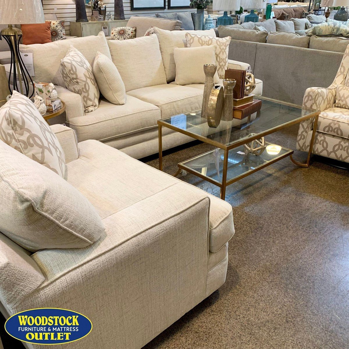 "Woodstock Furniture & Mattress Outlet على تويتر: ""The Chadwick"