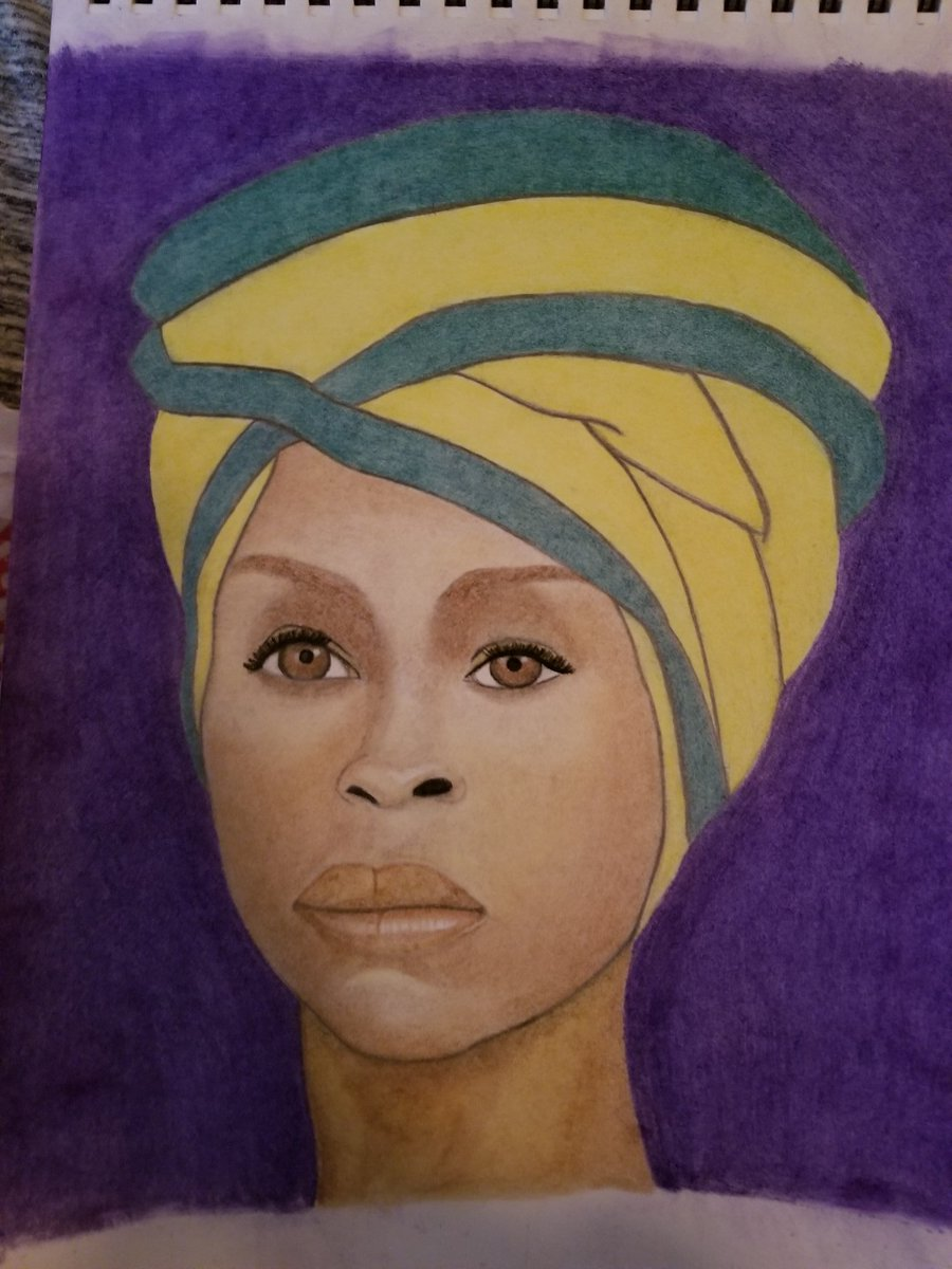 @fatbellybella my honey did this #freehand #protrait of you with pencil and pastels I would be so honored if you would bless it with some love and encouraging words as he is an aspiring artist and very passionate about his drawingspic.twitter.com/stnFmKOC5Z