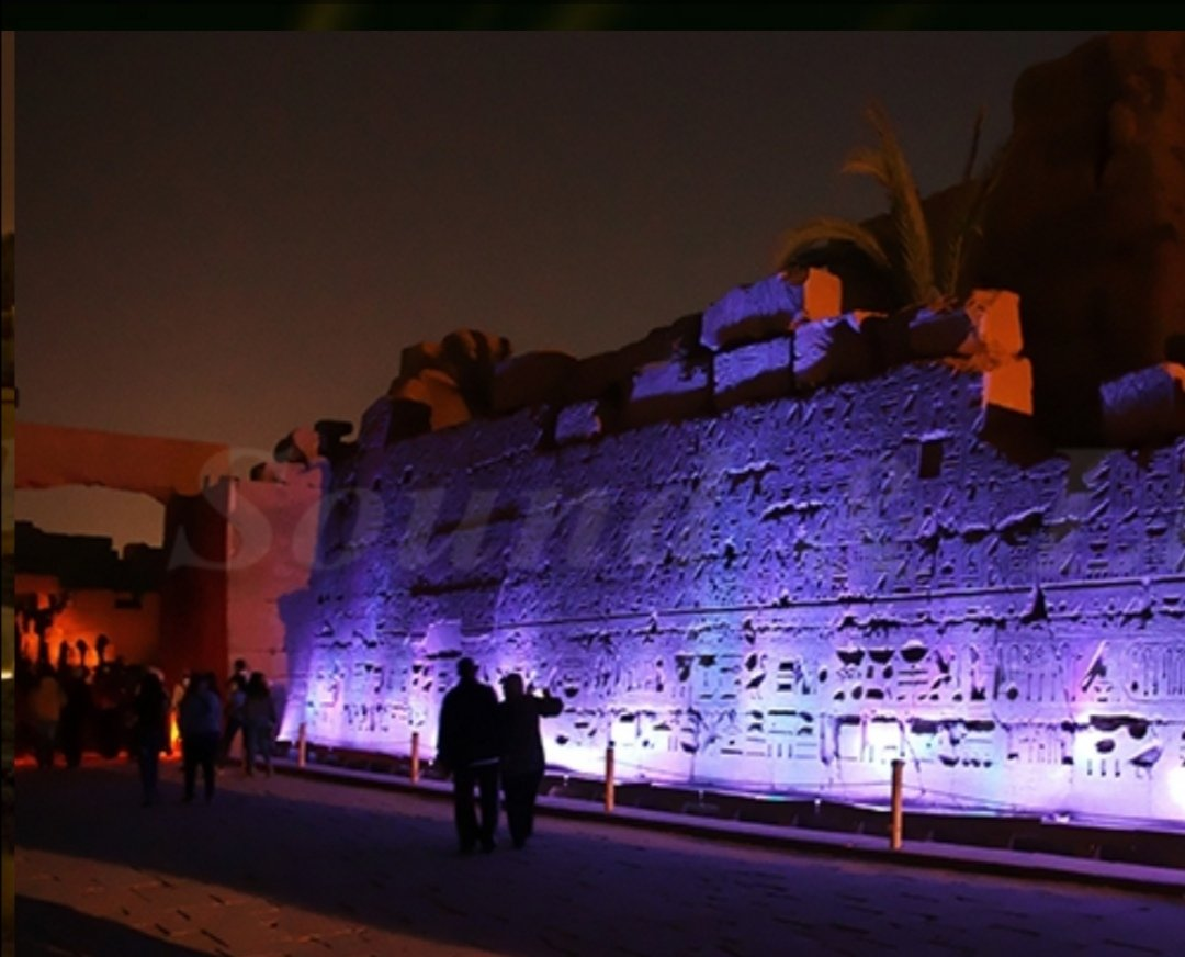 @ExperienceEgypt so at Red Sea Tours we are wondering do you have a favourite temple or Monument?, Karnak is one of my own personal favourites and to experience this on the evening during the sound and light show is as if your transported back to the era pic.twitter.com/bptAzXwr5C