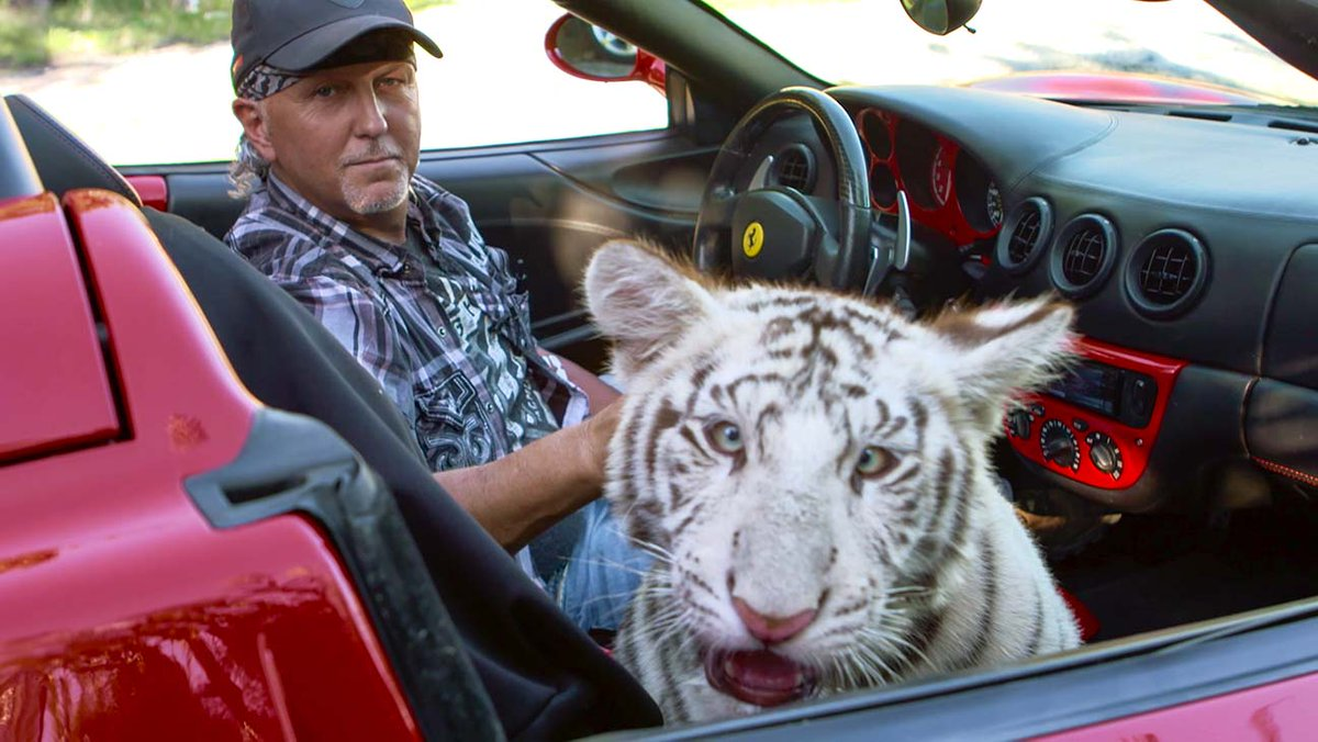 Jeff Lowe Suggests One More Episode of 'Tiger King' Coming to Netflix hollywoodreporter.com/news/jeff-lowe…