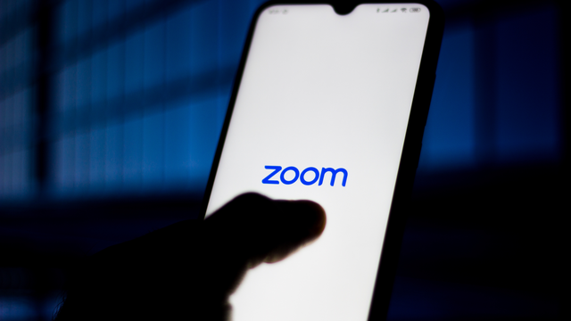 Zoom improves security with automatic password protection and waiting rooms  https://mashable.com/article/zoom-password-waiting-rooms-security-privacy/  … #tech  #news  #smallbiz