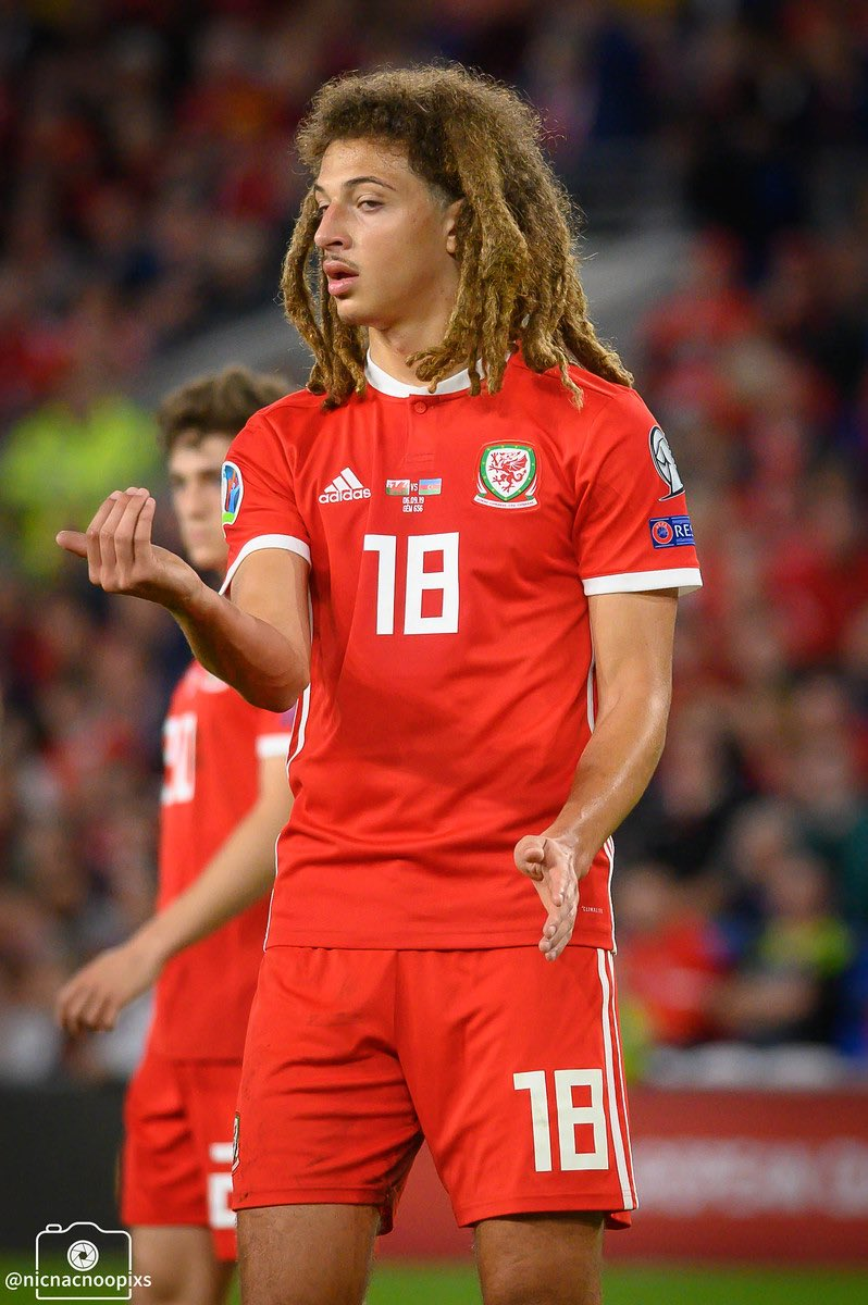 To me To you   Ethan Ampadu directs on pitch traffic   #faw  #wales  #internationals  #football