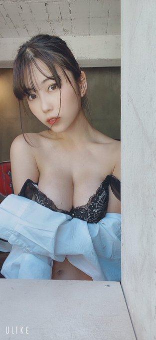 グラビアアイドル伊織いおのTwitter自撮りエロ画像33