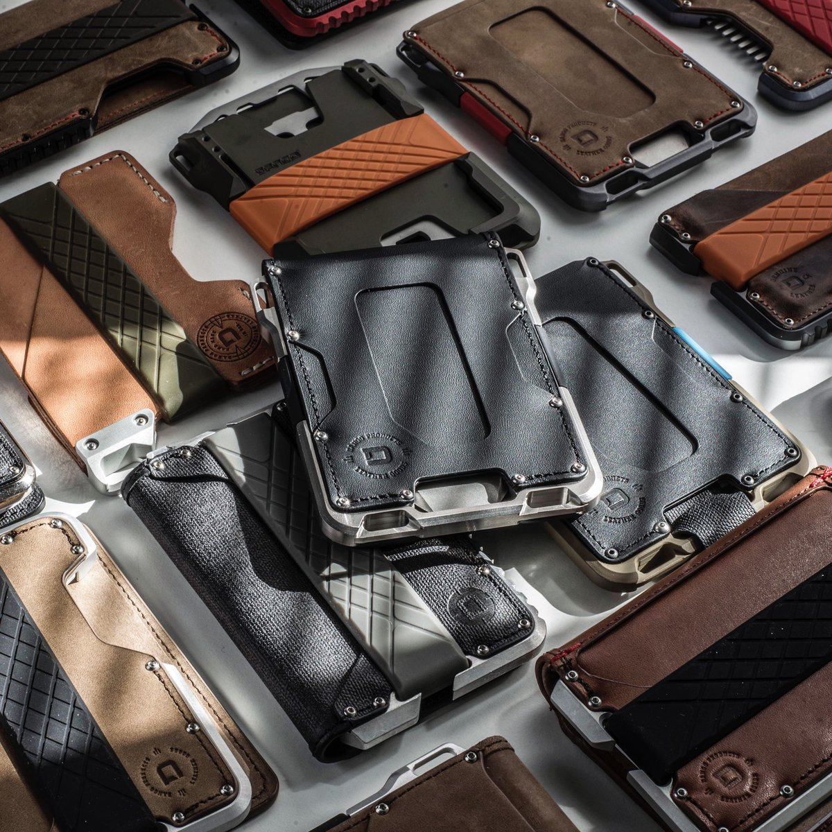 "We've gone beyond ""redefining"" the wallet - Dango Wallets are the wallets of the future. MADE IN USA#edc #everydaycarry #preppergear pic.twitter.com/BYPTb938AT"