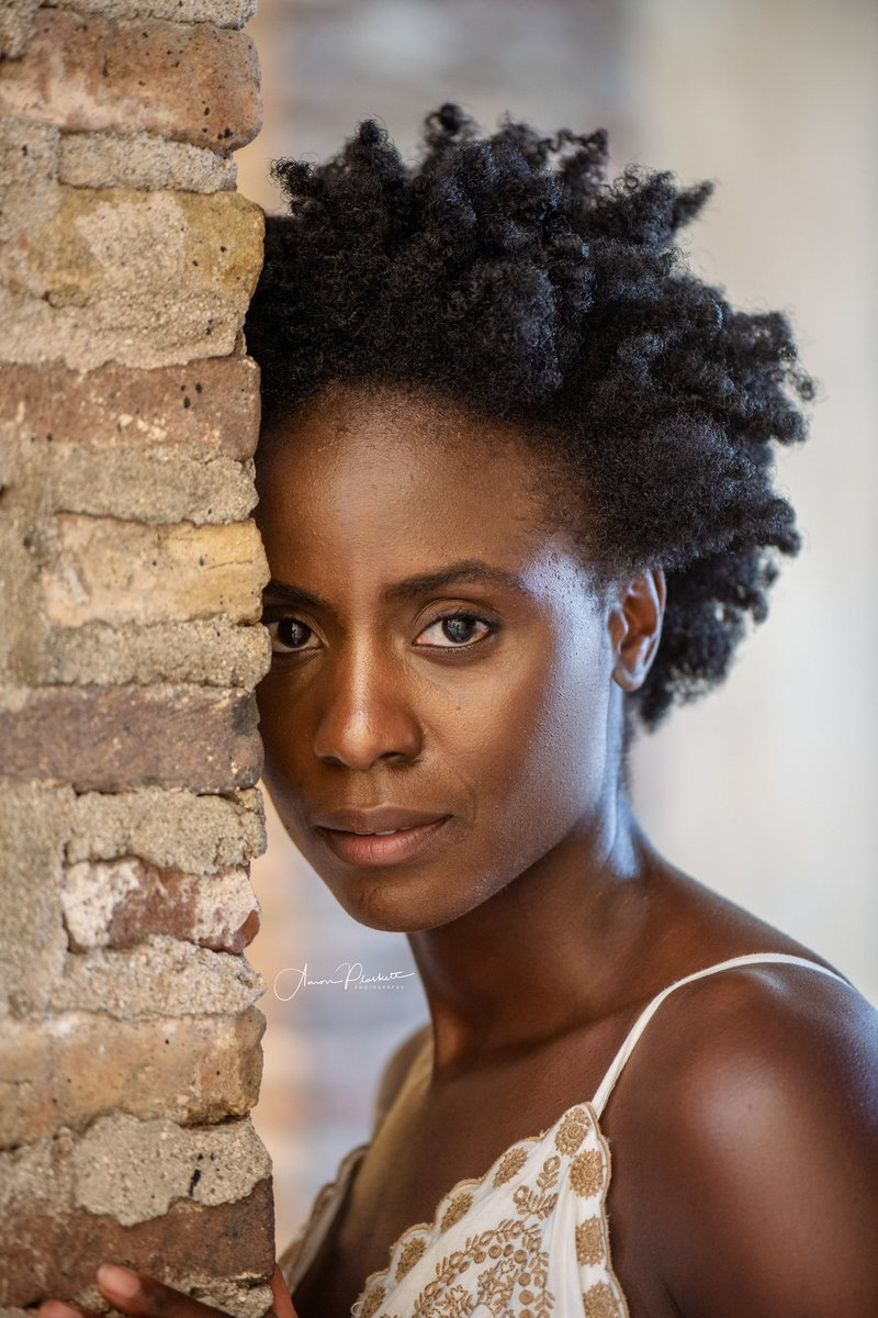 Melanin Goodness Model - Laura Photographer -@aplaskettphoto  #aaronplaskettphoto #aaronplaskettphotography #melaninpoppin #MelaninMagic #melaninpic.twitter.com/P59IZ6ZVro