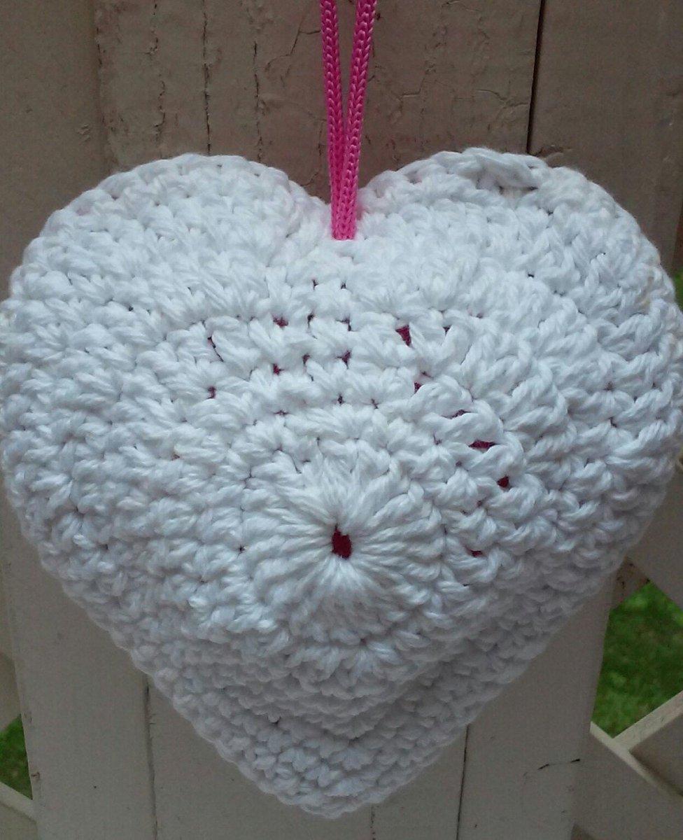 White Heart Shaped Scrubby Shower Sponge, Puff, Cotton, Crochet Washcloth #grammaleas #whiteheartscrubby #showersponge #heartshowerscrubby #cottoncrochetwashcloth #shopetsy #shopsmallbusiness  https://etsy.me/2ysE23wpic.twitter.com/UQXLZ0lJgX
