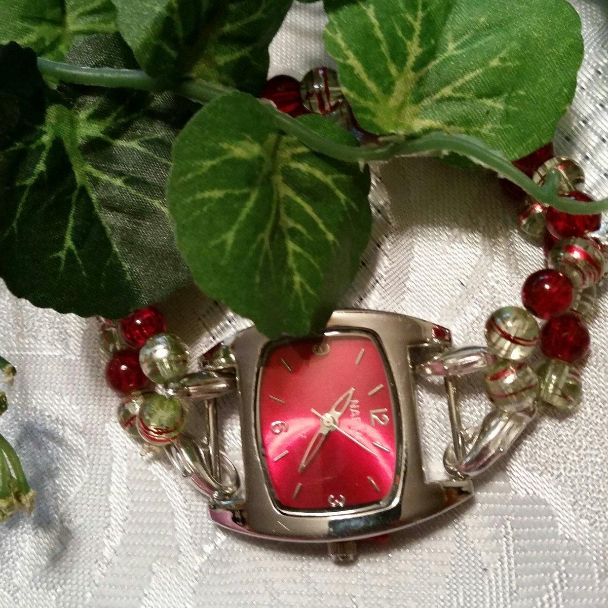 Little beaded chunky watch, red white and blue small beaded jewelry, handmade jewelry, handmade beaded band, stretchy band #mjjewelryadventures #chunkybeadedwatch #redwhiteandble #patrioticbeads #stretchybeadedband #giftidea #shopEtsy #shopsmallbusiness  https://etsy.me/2V1jAyupic.twitter.com/scl8WDS4Ov