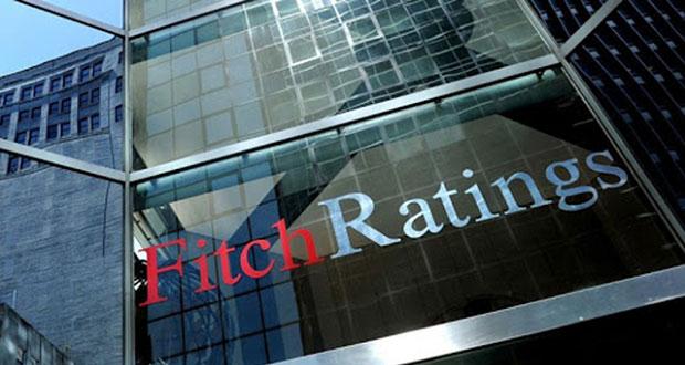 Fitch Ratings recorta nota de CFE a BBB- por estar relacionada con la calificación soberana del país