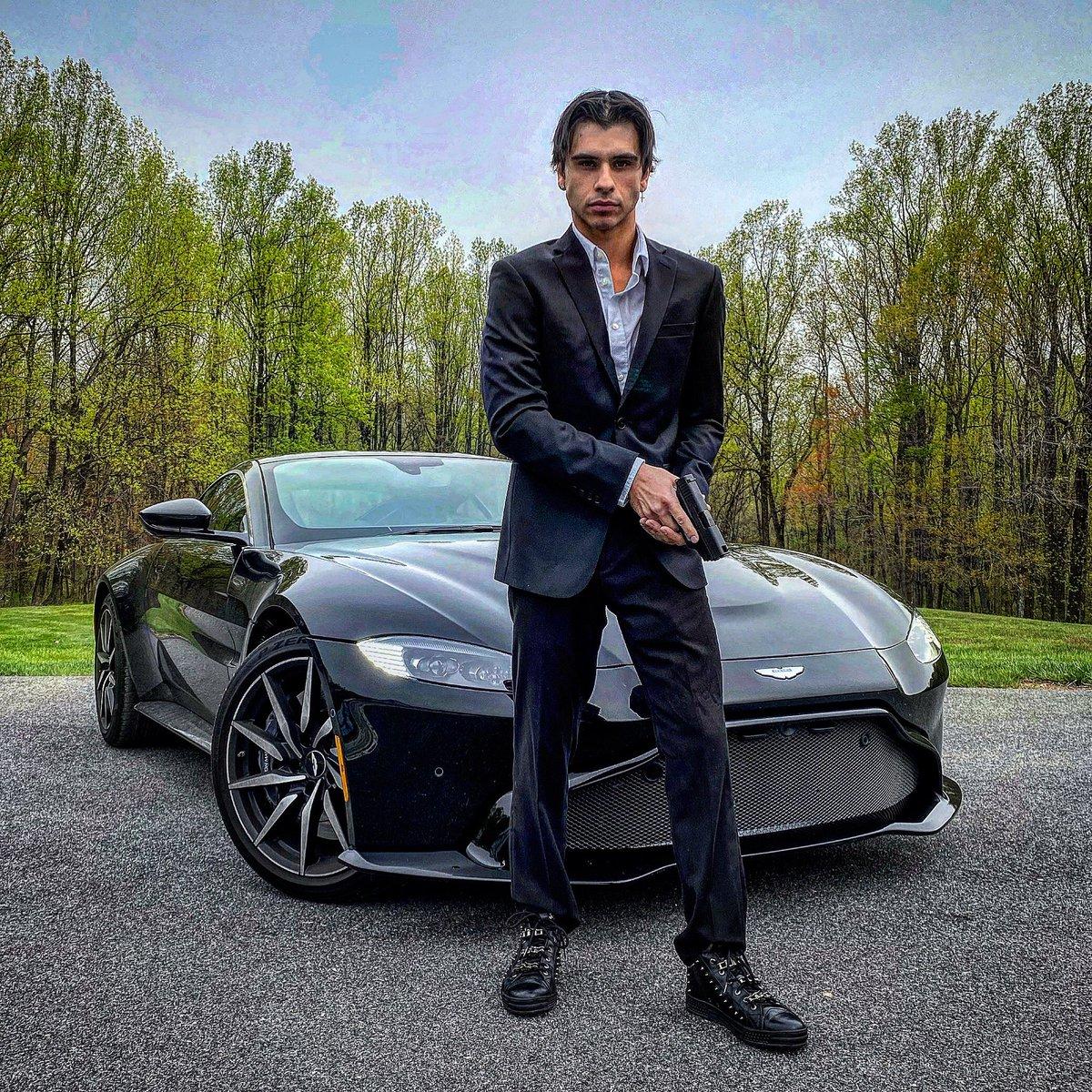 Uživatel Exclusive Auto Group Na Twitteru Cyrusdobre Of Youtube S Dobrebrothers Gives Us His Best Jamesbond Impression Posing With His New Astonmartin Vantage From Aston Martin Washington D C Astonmartinamericas Astonmartinlagonda