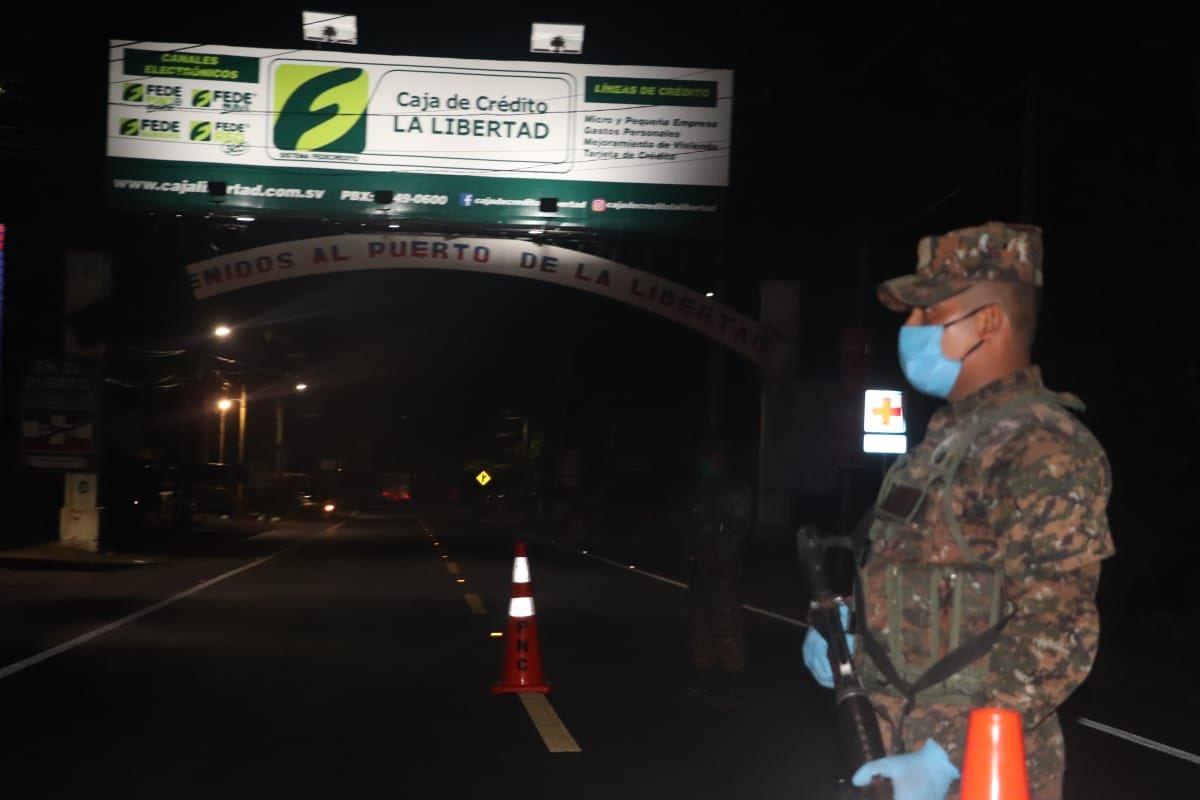 Fracción legislativa del FMLN: Bukele no quiere estado de emergencia