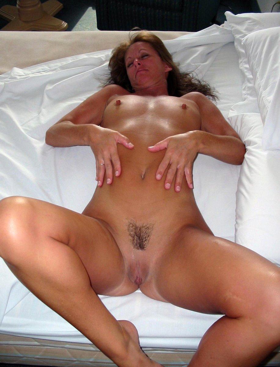 Big Horny Milfs Naked