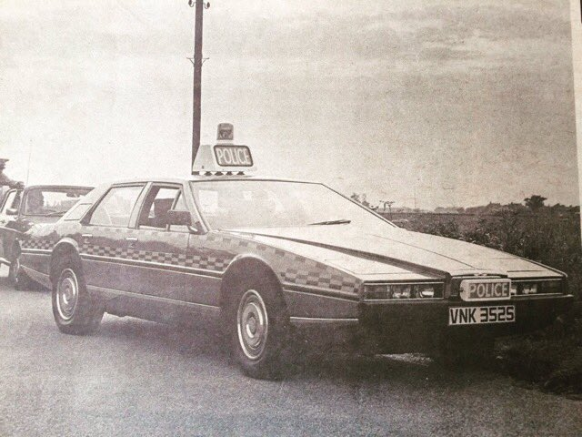 Lincs Police Cars -   Which would get your vote?  The Lagonda came straight from the MotorShow launch to us The Esprit was loaned by Lotus The Tractor highlighted our #RuralCrime work #OpGalileo  The Range Rover was the Worlds 1st Police-Spec RR . <br>http://pic.twitter.com/Ntj9jOIYVk