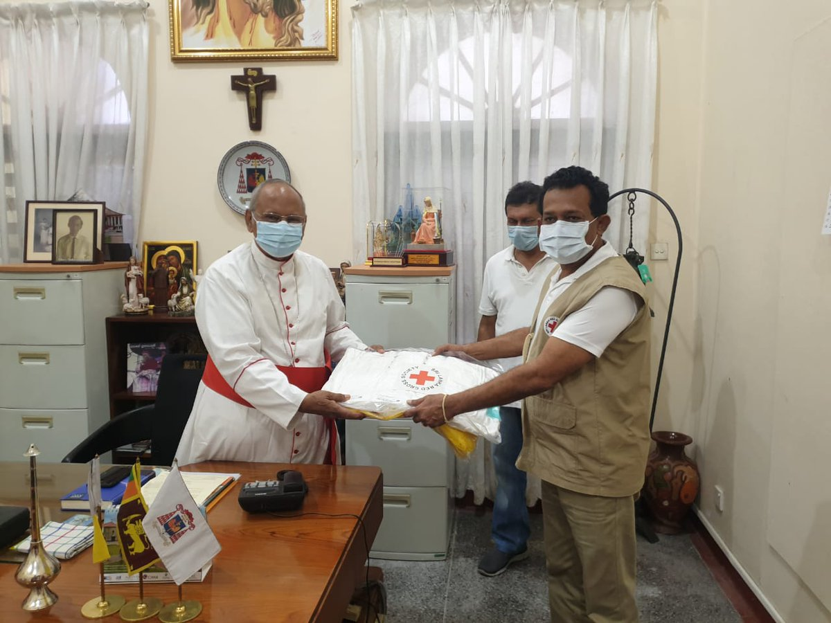 President of the SLRCS handed over PPE kits to His Eminence Malcolm Cardinal Ranjith upon the latter's request to support the Catholic Church's safety measures against COVID19. SLRCS will also carry out disinfection activities within the Bishop House and areas of similar interest https://t.co/FWupybaBjZ