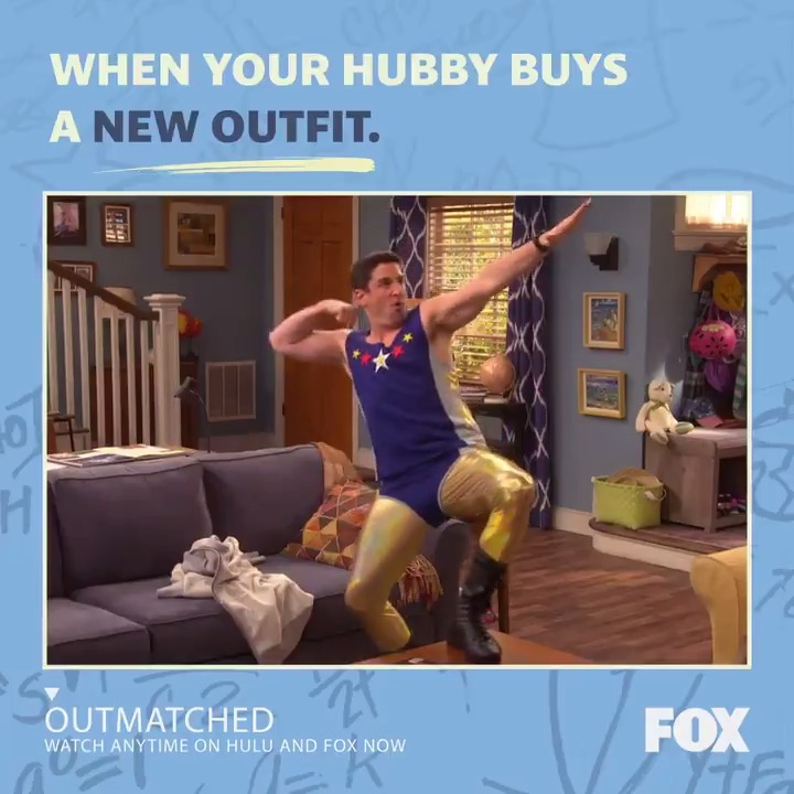 Whoa, Mike, put those guns away! 😅 Watch ALL episodes of #Outmatched ANYTIME: fox.tv/outmatchedtw
