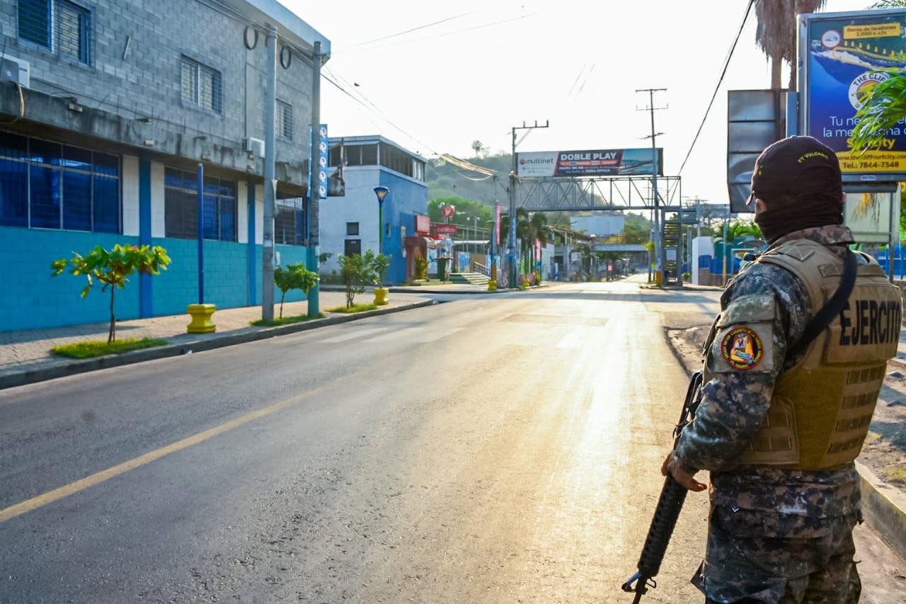 Fiscalía investiga abusos en Puerto La Libertad