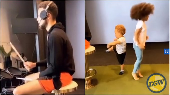 【影片】全家總動員!柯瑞在一旁玩架子鼓,1歲兒子卡農用小短腿為老爸靈魂伴舞!