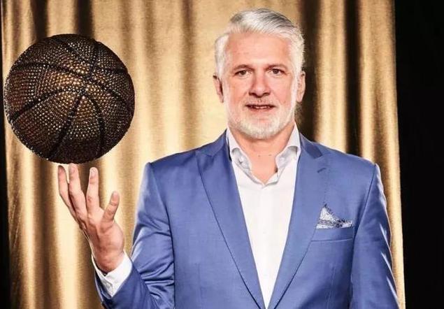 科技預測NBA球員老了變成什麼樣!詹皇髮際線感人,最後一圖令人動容!
