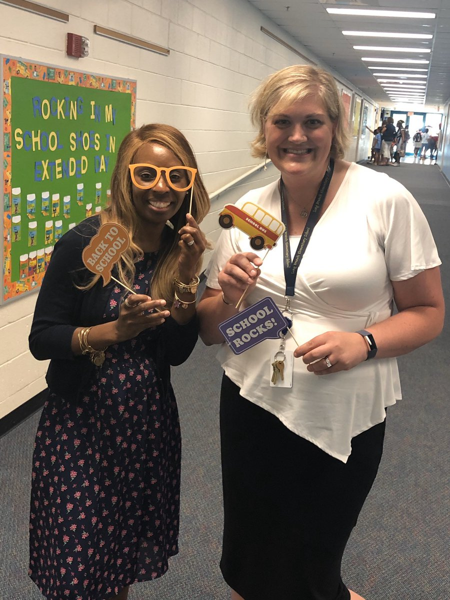 Day 2 of AP appreciation week - I am thankful to have Ms. LiGuidi who makes me laugh daily!! <a target='_blank' href='http://twitter.com/longbranch_es'>@longbranch_es</a> <a target='_blank' href='http://twitter.com/APSVirginia'>@APSVirginia</a> <a target='_blank' href='https://t.co/E2YZVIB5HZ'>https://t.co/E2YZVIB5HZ</a>