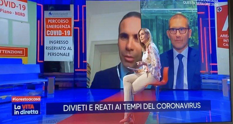 #LaVitaInDiretta