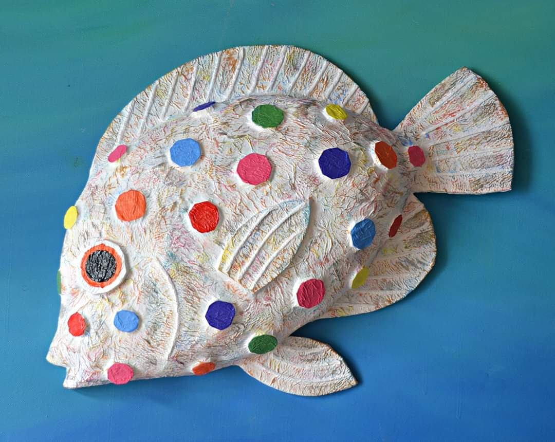 """Papier mache Rainbow Tang fish 19"""" long and only £40(incUKp&p)stay in stay safe buy art 🎨 #rainbow #supportsmallbusiness #buyhandmade @HandmadeHour #lockdownuk #treatyourself"""