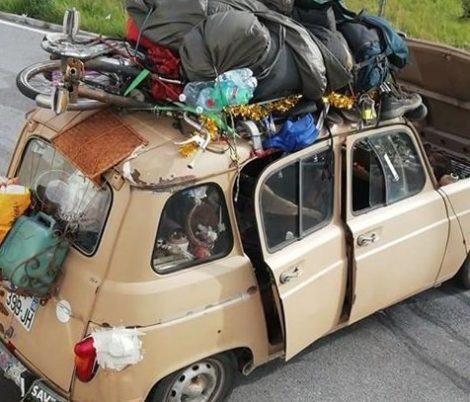 """Coronavirus, la Renault 4 sbarcata in Sicilia con a bordo quattro francesi è adesso a Mazzarino, De Luca """"Altro che fake news"""" - https://t.co/EixqPJzjvz #blogsicilianotizie"""