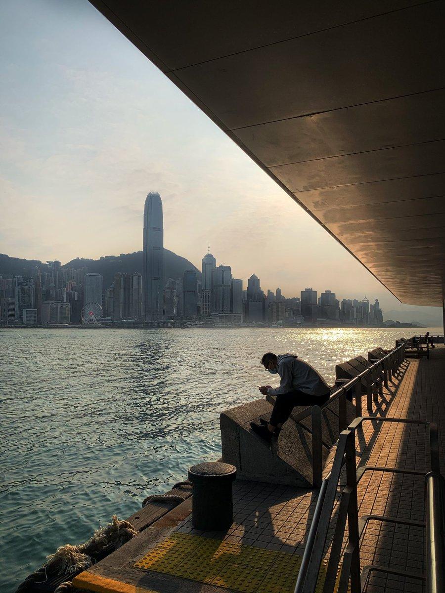 #VictoriaHarbour #DuncanTang #DuncanTangPhotography #DuncanTangHongKong #HongKong #DiscoverHongKong #AwesomeHongKong #ShotoniPhone Ref: 1469 Date: 2020-03-10pic.twitter.com/crq5rQTVmN – at Hong Kong Cultural Centre 香港文化中心