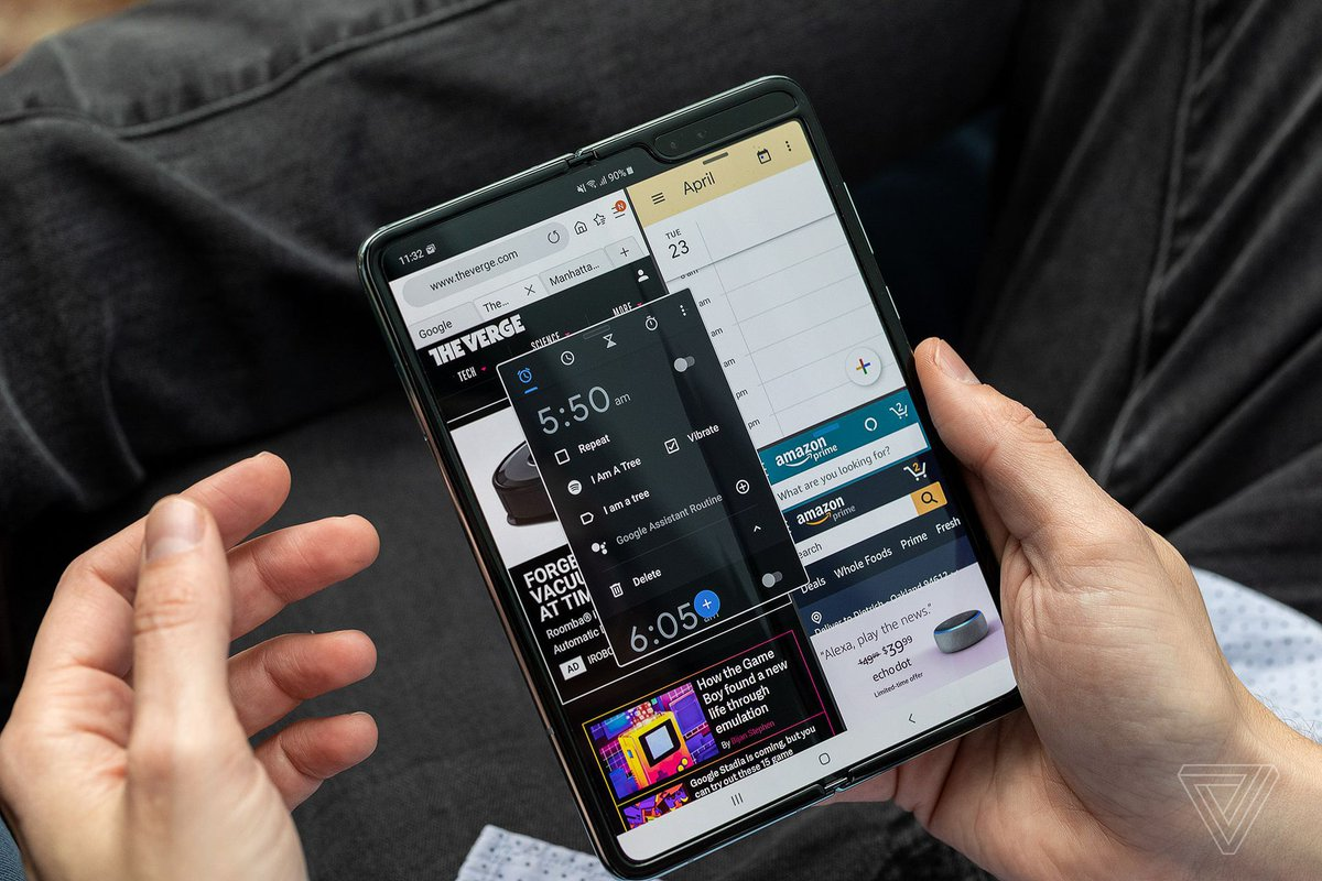 Rumors of a Galaxy Fold 2 are starting to heat up