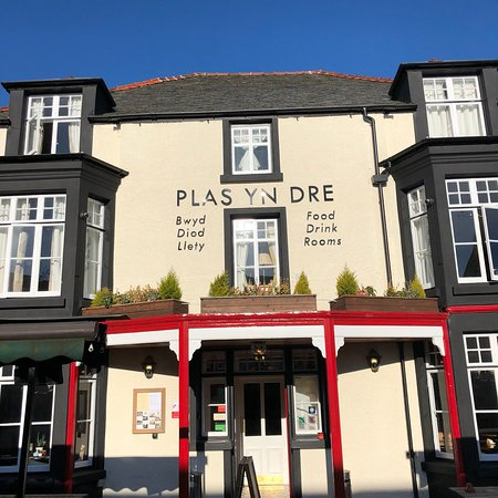 Delighted to be working with the wonderful @plasyndre Hotel in Bala recently. Its had a significant investment and the rooms and food look fab !! #Maintenance #compliance #commercialkitchens #supportlocalBusiness #welshlamb #michelinstar #visitbala #northwalespic.twitter.com/x8i10hJNCN