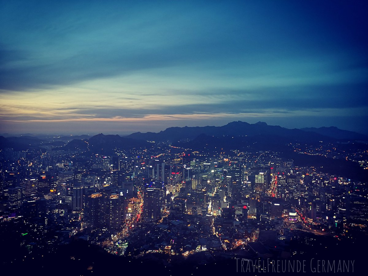 Watching #ItaewonClass and listening to #RM's #Seoul makes me really miss this amazing city  I can't wait for all of this to be over and go back there! pic.twitter.com/nzR5OgIWht