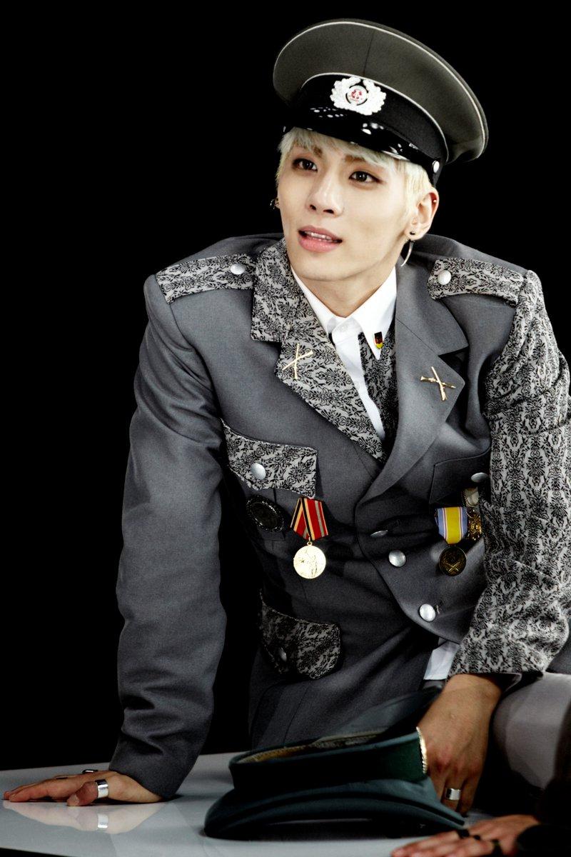 @SHINee's photo on Jonghyun