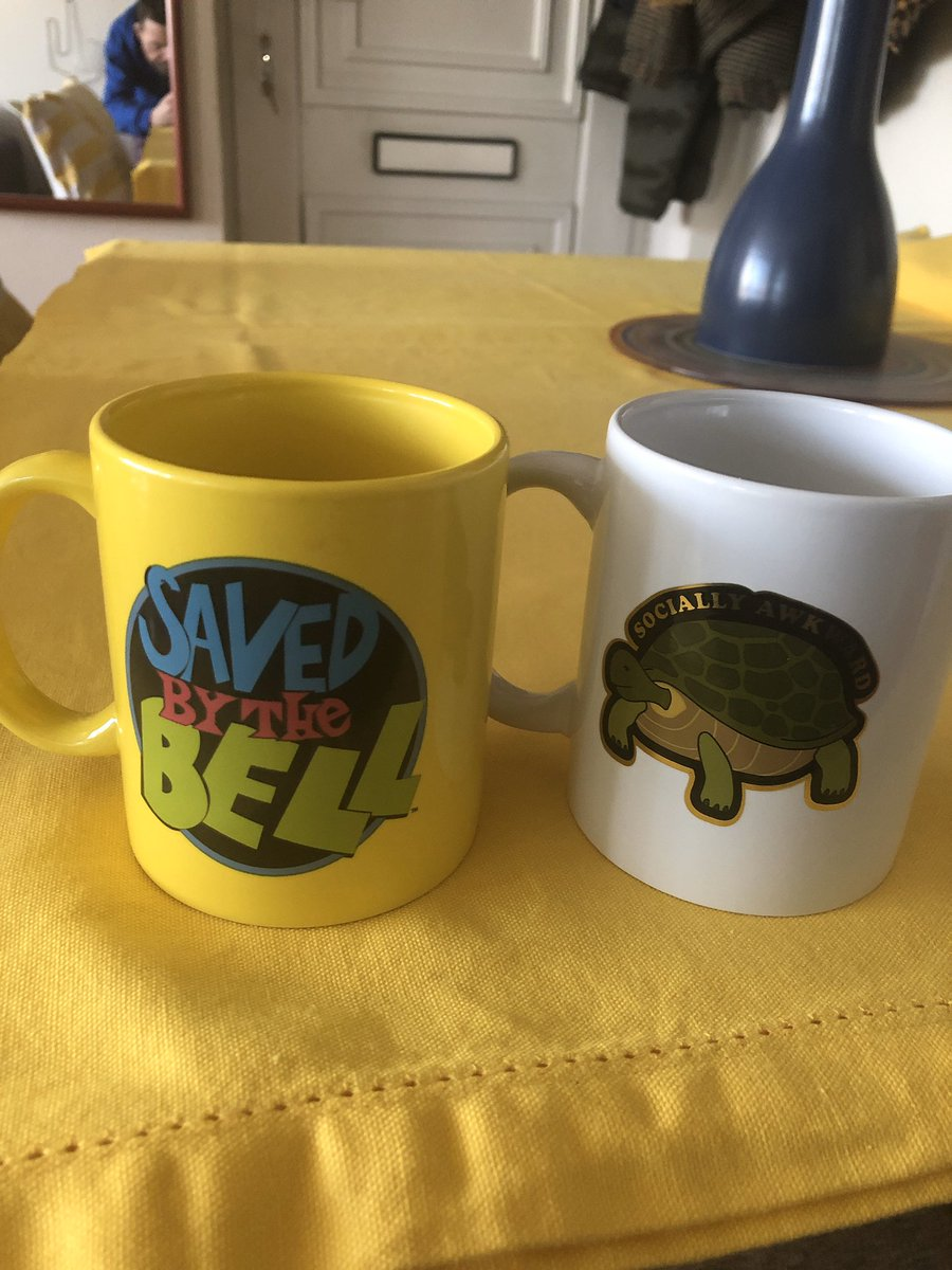 Woke up to a knock on the door. My best friend hand wrapped each of these gifts/mugs-to let me know what 30 years of friendship looks like. #SavedByTheBell(our favourite show as teenagers)& #SociallyAwkward(we spent most of out teens trying to escape the norm. #FriendshipForever pic.twitter.com/BqUnoQfsc9