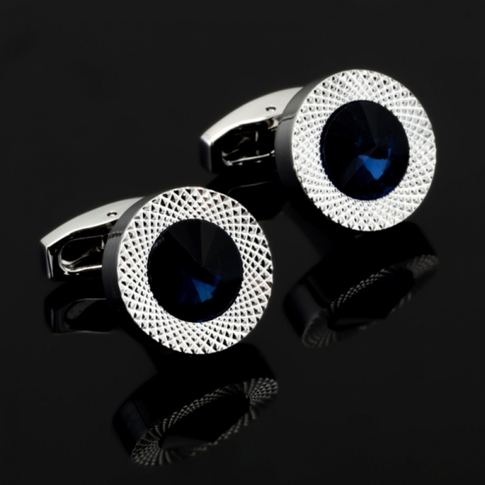 NOLAN - Fashionable Classy Cufflinks for Men -    #jewelrybox #jewelrystore #jewelryjunkie #jewelrylovers #jewelrysale