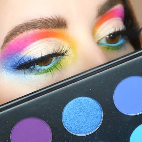 MORPHE X JAMES CHARLES / COLORFUL CUT CREASE MAKEUP @MorpheBrushes FULL TUTORIAL HEREhttps://youtu.be/XE-PYpONKrw . PRODUCTS USED: Morphe x James Charles Artistry Palette https://go.magik.ly/ml/vlr7/ . #morphebabe #morphexjamescharles #colorfulcutcrease #blendtherules pic.twitter.com/WNI73MJa4t