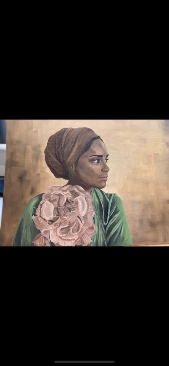@BegumNadiya my very talented sister @CathMcGrady did this wonderful portrait of you for her art class... what do you think? I don't compliment her very often... but I think  it's excellent! 😬