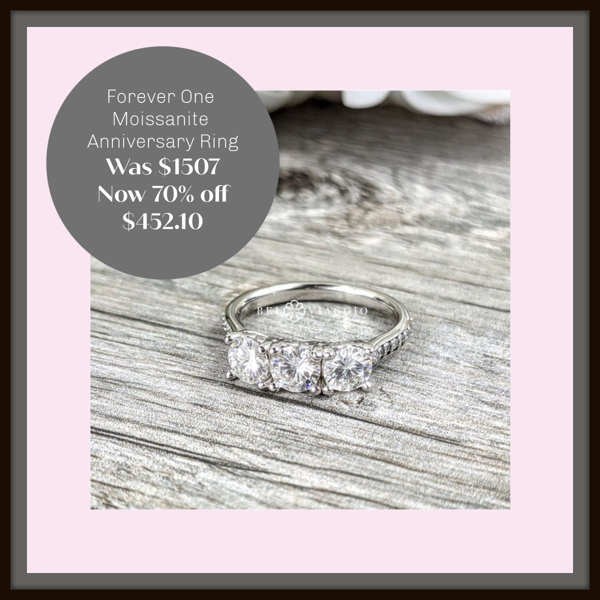 Forever One Moissanite Anniversary Ring, 1.66ctw. Would make an wonderful Mother's Day gift! #mothersdaygift #mother #instajewelry#anniversary #anniversarygift #jewelryonetsy #jewelryonsale https://www.etsy.com/listing/642386539/moissanite-anniversary-ring-ready-to…pic.twitter.com/VbGBxvE5xl