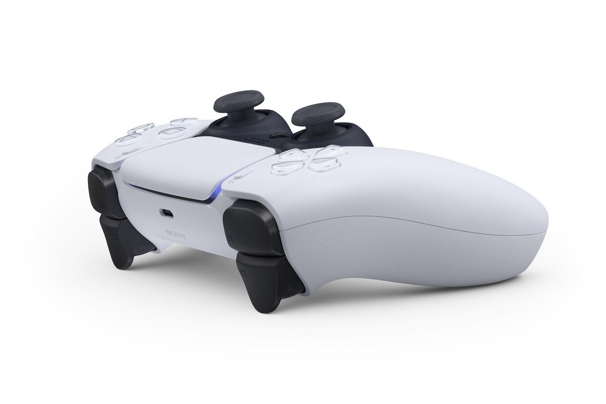 """Fortnite News on Twitter: """"The New PS5 Controller has been ..."""