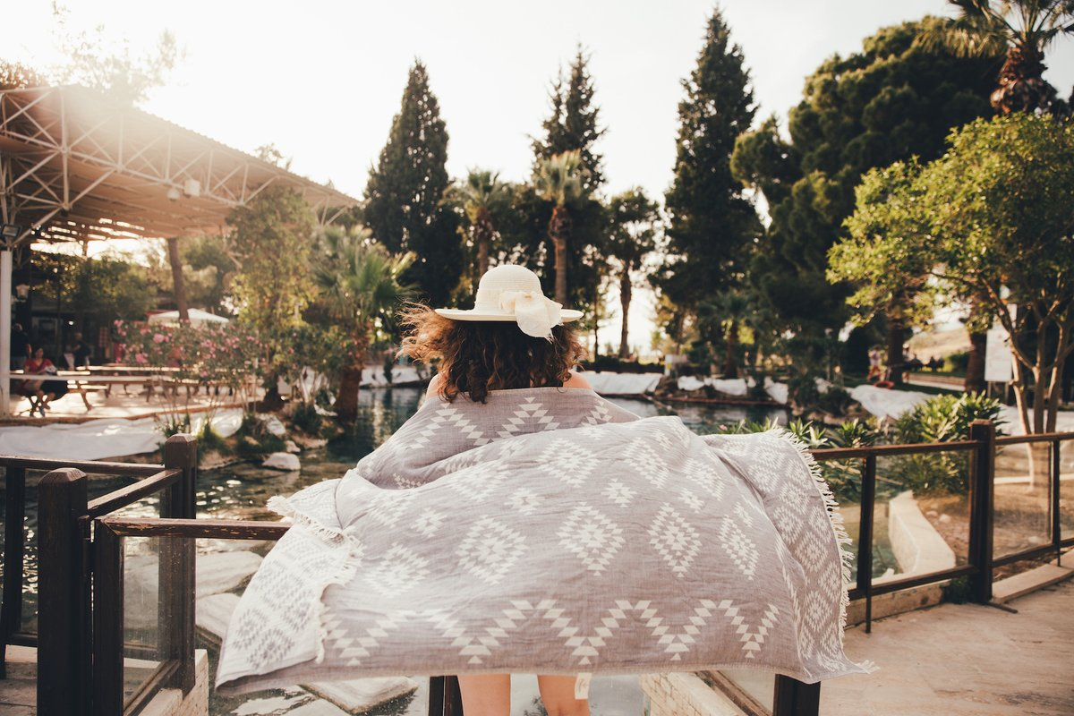 Use it everywhere everyseason ! #mebien #lightweight #throw #stole #scarf #wrap  #allseason  #multipurpose #giftforwomen #lighttowel #blanket #lightblanket #turkishtowel #beachtowel #amazongift #giftidea #beach2020 https://www.amazon.com/s?k=gifts+for+women&me=A3221V797JC5LR&ref=nb_sb_noss…pic.twitter.com/mar6s4Y2of