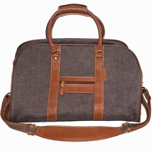 So good I had to share! Check out all the items I'm loving on @Poshmarkapp #poshmark #fashion #style #shopmycloset #coach #lancome: https://posh.mk/n3F60eg3e3pic.twitter.com/Q54VmpSq6m