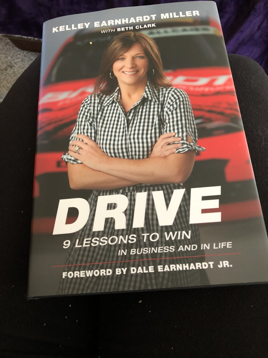 Just got home and @EarnhardtKelley book is waiting for me.  No tv for me tonight pic.twitter.com/LALBz68Gip