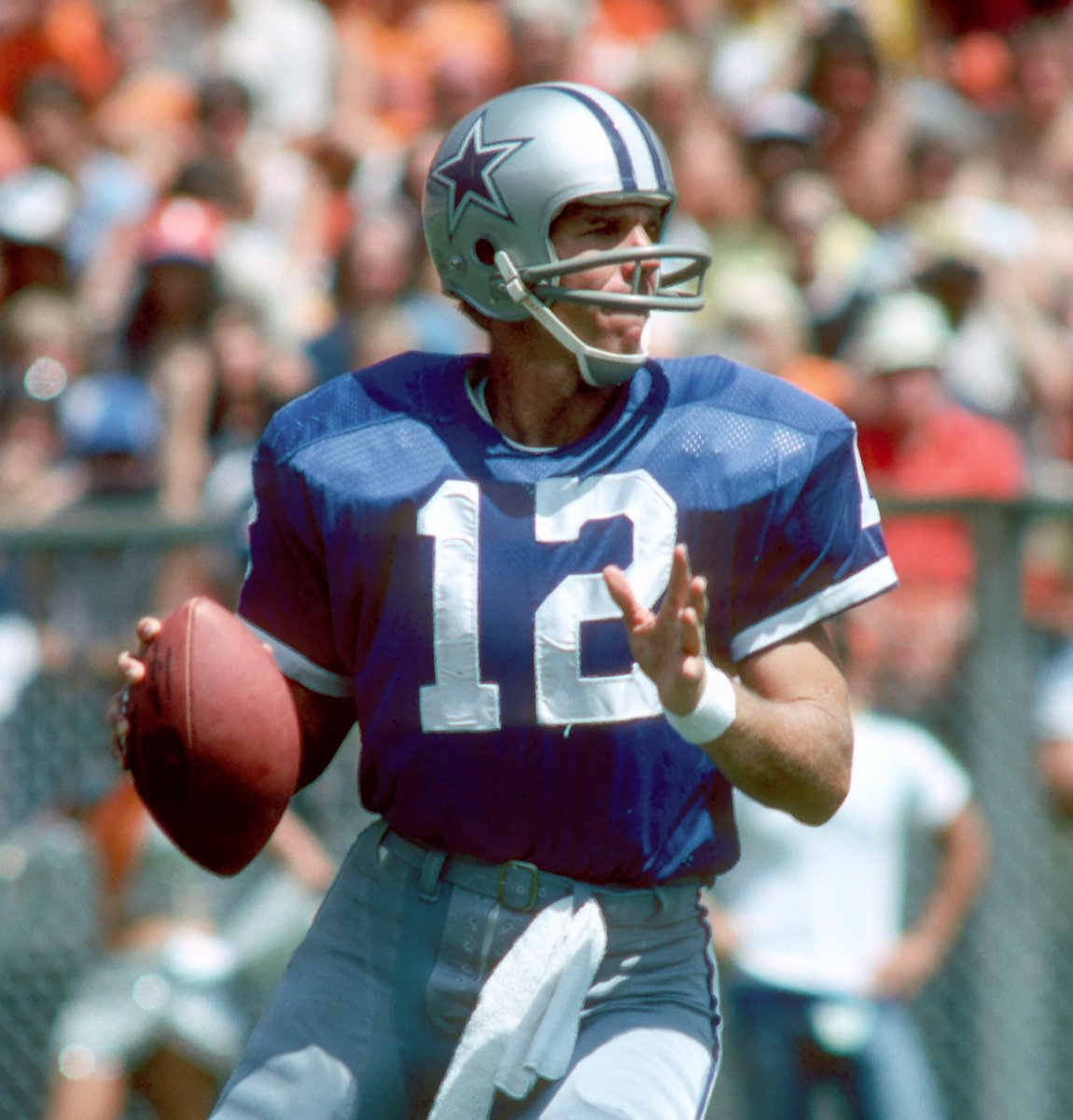 "WINNER: The fans have decided that Roger Staubach (70%) claims victory over Bob Lilly (30%) in @TimCowlishaw's ""Mr. Cowboy"" bracket final! 🏆   Full results: https://bit.ly/2y3NNFb   #CowboysNation"