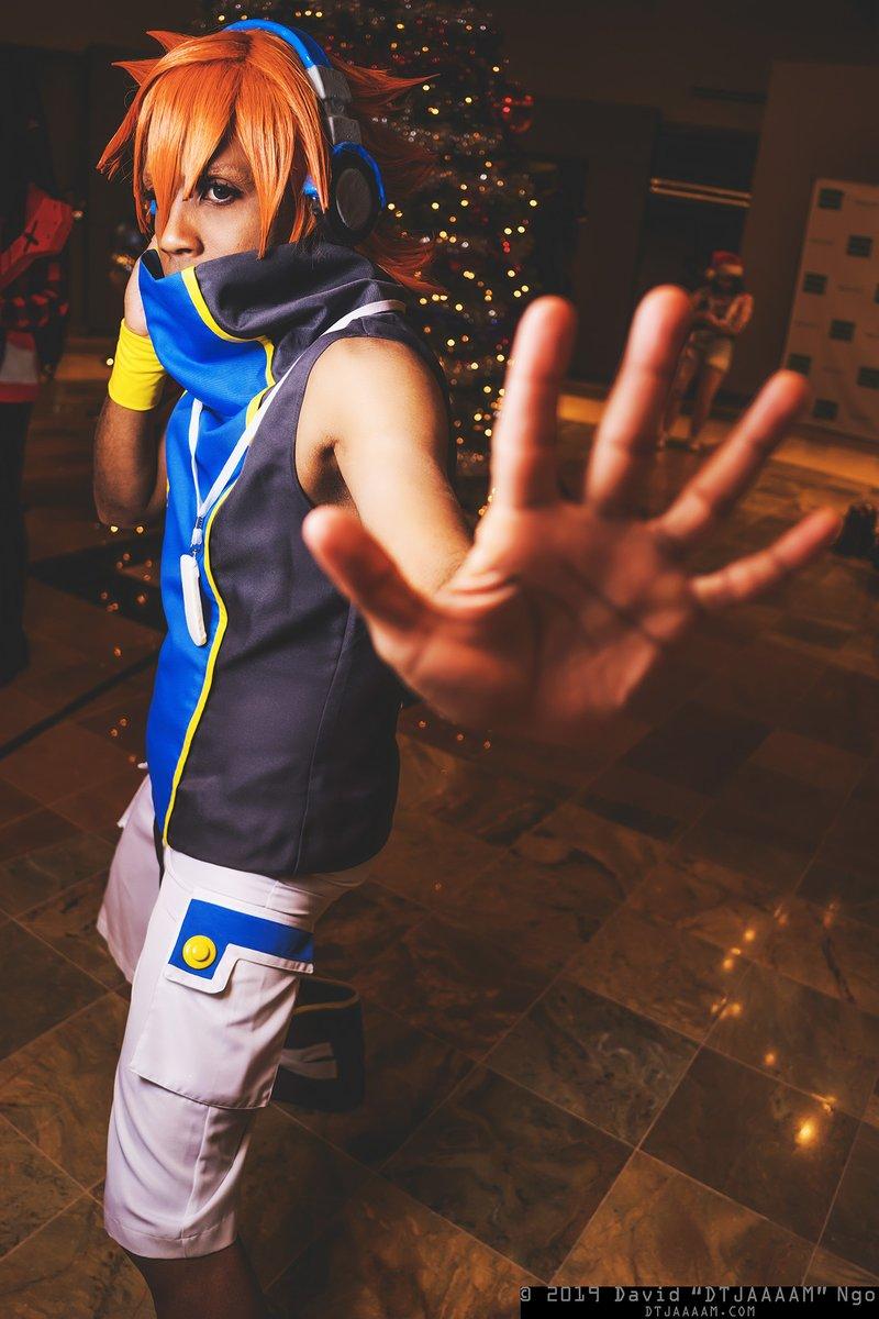 The World Ends With You's Neku Sakuraba.  Cosplayer: @ManaKnight  #cosplay #holidaymatsuri #holidaymatsuri2019 #holmat #holmat2019pic.twitter.com/Miahi6Hwav