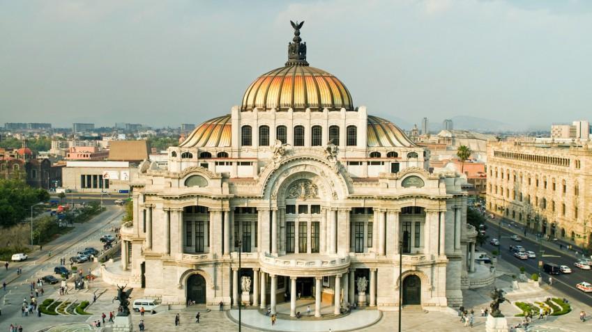 El palacio de #BellasArtes es sede de la Compañía Nacional de Danza, la Orquesta Sinfónica Nacional, la Compañía Nacional de Ópera, el #BalletFolklórico de México y la Orquesta de Cámara de Bellas Artes. ¡Conócelo!: http://ow.ly/vc5a30q2nuX #CDMX #turismopic.twitter.com/jydZcFLflT